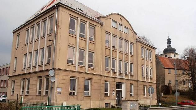Libouchecká základní škola. Archivní foto.