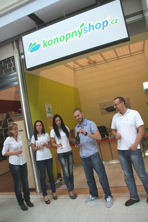 Konopnyshop.cz - slavnostní otevření.