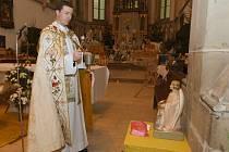 Lukáš Bakajsa přišel ze Slovenska do Ústí pracovat jako kněz řecké i římské církve.