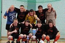 Futsalisté Combixu loni ovládli Krajský pohár, díky čemuž si zahráli v celostátní části poháru s Chrudimí.