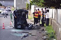Dopravní nehody ve Strážkách nejsou výjimečné. Místní lidé se ovšem dohadují o trase obchvatu, navíc si na něj budou muset počkat dalších pár let.
