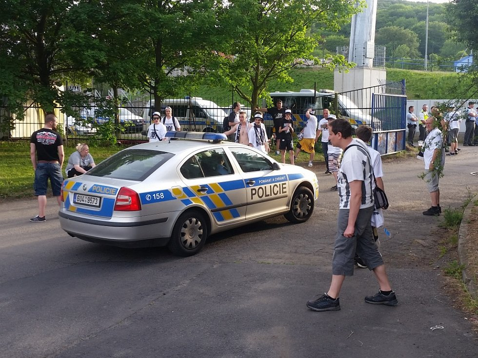 Po fotbalovém utkání musela zakročit policie.