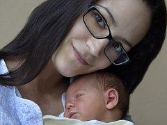 Adam Christian se narodil Lucii Christianové z Ústí nad Labem 19.ledna v 18.11 hod. v ústecké porodnici. Měřil 52 cm a vážil 3,95 kg