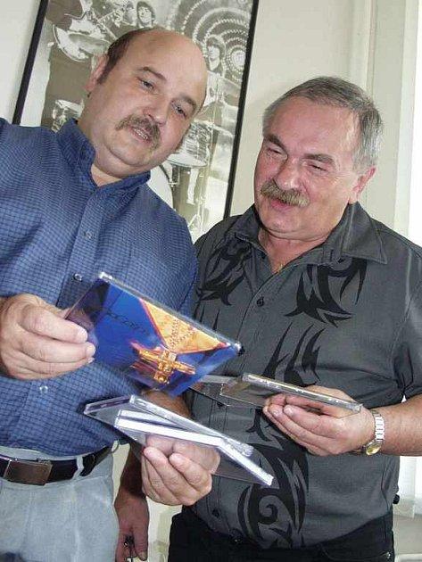 Duo diskžokejů Dostál - Hašek
