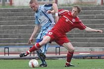 Stoper Michal Valenta (vlevo) patřil v letošní sezoně k největším oporám FK Ústí.