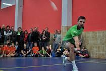 Na otevření deseti badmintonových kurtů přijel nejlepší český hráč Petr Koukal.