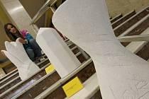 Prohlédnout si sochařská díla dětí ze Základní umělecké školy Evy Randové mohou Ústečané při návštěvě Domu kultury.