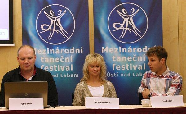 Petr Barnat, Lucie Hunčárová a Jan Onder.
