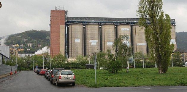 Ústecká potravinářská firma Setuza přemísťuje výrobní linku z Olomouce do krajské metropole.