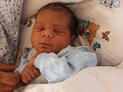 Nikolas Lacko se narodil 18.9. (14.17) Gabriele Lackové. Měřil 50 cm, vážil 3,47 kg.