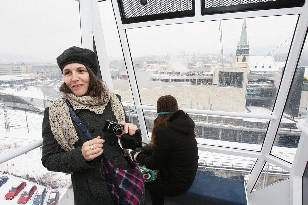 První veřejná jízda lanovky na Větruši. 7. prosince 2010