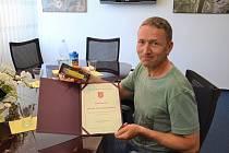 Petr Třebický převzal ocenění za záchranu lidského života.