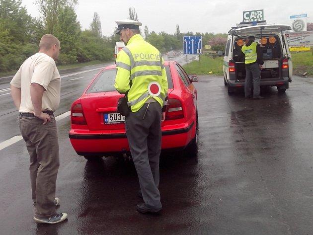 Policisté se varují před termíny technických kontrol.