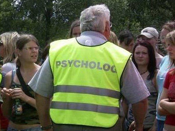 Forenzni psychologie zahrnuje ipsychologii investigativní, soudní a vězeňskou.
