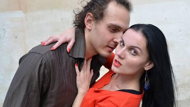 Umělecky i improvizačně k sobě mají za ty roky blíž Václav a Marcelka Kytička. A je v tom i kus komedie, věřte.
