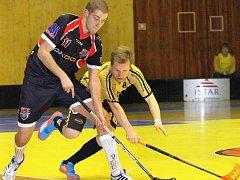 Marek Vojta (vlevo) hraje za Ústí 1. ligu mužů a zároveň trénuje tým juniorů.