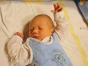 Petr Pída se narodil Petře Zuzákové z Teplic 1. listopadu v 12.10 hod. v ústecké porodnici. Měřil 50 cm a vážil 3,4 kg