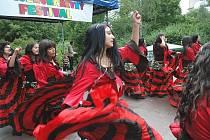 Šestý různobarevný festival v Trmicích