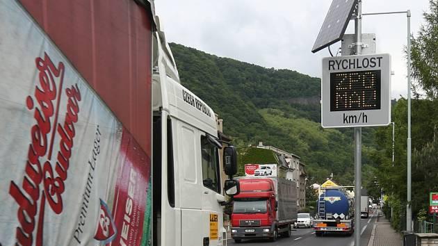 Tři nové radary hlídají rychlé řidiče ve Vaňově.