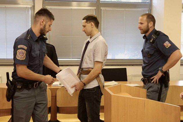 Obžalovaný bývalý novinář Martin Chlouba uústeckého krajského soudu.