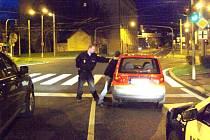 Pirát silnic po krátké honičce skončil v poutech poté, co byl zablokován.