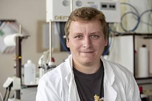 Vědec Daniel Bůžek z ústecké univerzity