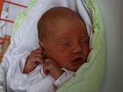 Adéla Škarohlídová se narodila v ústecké porodnici 5. 5. 2017(8.39) Janě Škarohlídové. Měřila 48 cm, vážila 2,75 kg.