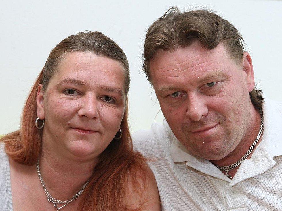 PÁR ČÍSLO 4. Další svatební pár tvoří sedmatřicetiletá Blanka Mišurová a čtyřiačtyřicetiletý Miloslav Mikula.
