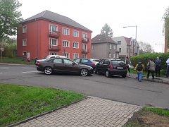 Nehoda na křižovatce ulic Všebořická a Kosmova.
