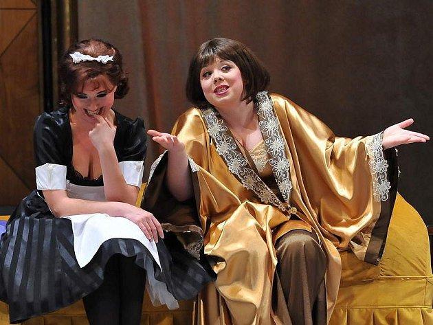 Po šesti letech nastudovalo Severočeské divadlo opery a baletu v Ústí nad Labem operetu Netopýr.