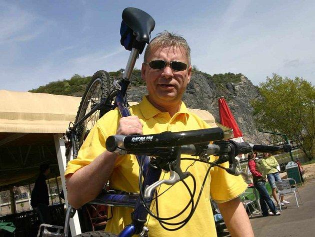 Otevírání cyklostezky se účastnil také starosta Střekova Vlastimil Žáček