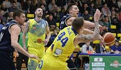 Basketbalový zápas mezi Slunetou Ústí nad Labem a Děčínem.