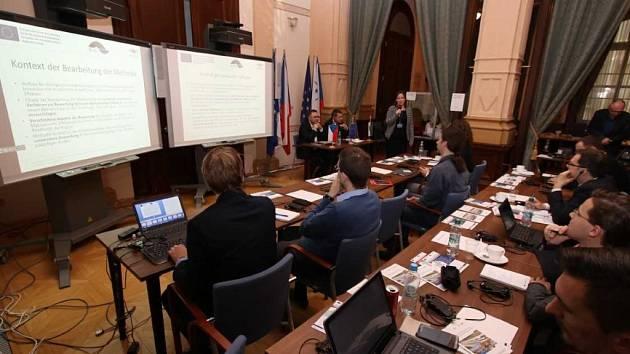 Workshop v budově Správy železniční dopravní cesty v Praze
