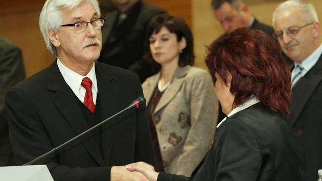 Zasedání krajského zastupitelstva.