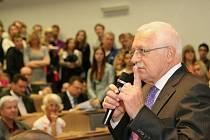 Prezident Václav Klaus navštívil ústeckou Univerzitu J. E. Purkyně.