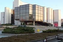 Divadlo v Mostě se otevřelo 30. září 1911.