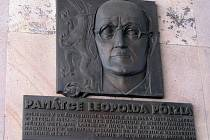 Pamětní deska Leopolda Pölzla