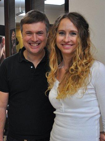 """""""Velmi se těšíme na nové soutěžící!"""" hlásí Jana Burdová a David Hora, manažer projektu."""