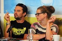 V nové premiéře Činoheráku Ústí se objeví i Kryštof Rímský a Anna Fišerová.