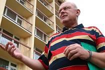 Ředitel neštěmického stavebně bytového družstva Družba a předseda Rady bytových družstev severočeské oblasti Karel Jedlička.