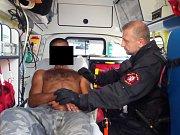 Muži pod vlivem návykových látek zaměstnali ústecké strážníky.