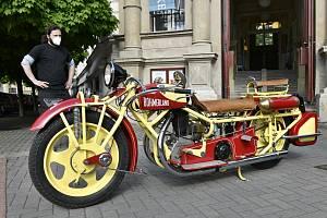 Do muzea v Ústí dorazil unikátní motocykl Čechie-Böhmerland.