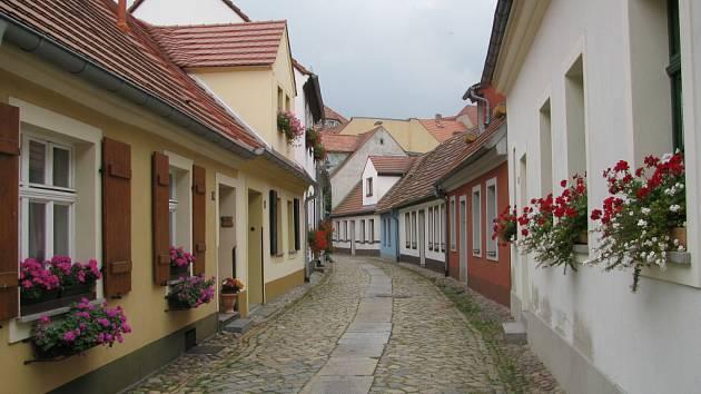 Dlouhá ulice je jedinou památkou na doby před dolováním uhlí.