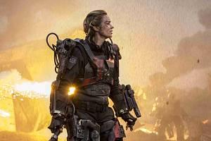 Snímek z filmu Na hraně zítřka.
