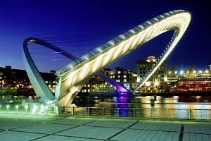 Gateshed Millenium Bridge.
