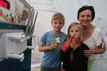 Prázdniny odstartovala Velká letní party v Sadech.
