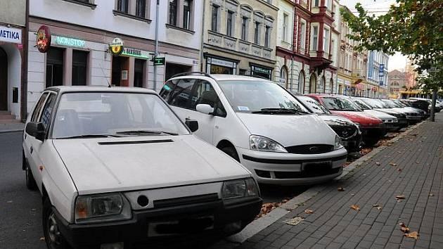 Na staré škodovky, trabanty nebo třeba vozy s naftovým pohonem  vyrobené před rokem 2003 by mohl čekat  do dvou let zákaz vjezdu do některých částí města.