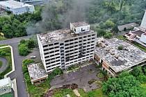 V bývalém hotelu Máj hořelo potřetí během čtyř dní.