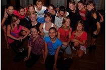Dívky z taneční školy Gebert se o víkendu vydají na Mistrovství světa do Liberce.