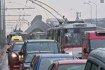 Doprava v Ústí nad Labem. Ilustrační foto.